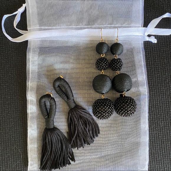 🟡3/$25🟡 2 Sets of Black Earrings